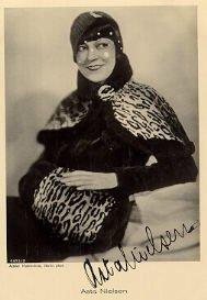 signierte Autogramm-Postkarte von Asta Nielsen